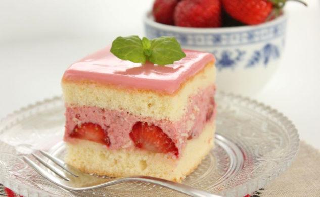 Ciasto podwójnie truskawkowe