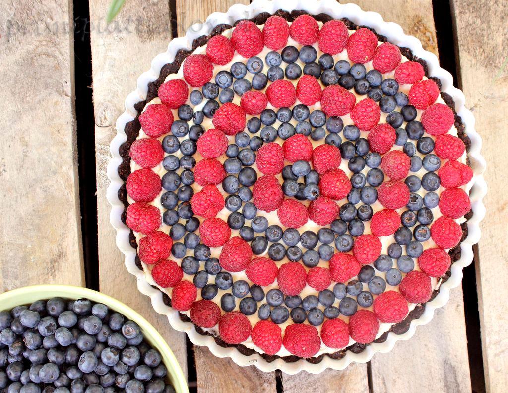 Tarta oreo z owocami