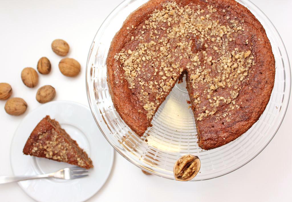 Karydopita – Mocno orzechowe ciasto