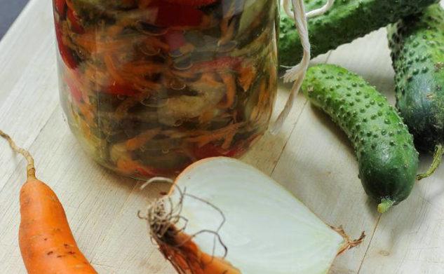 Wariacje na temat ogórków, czyli sałatka szwedzka