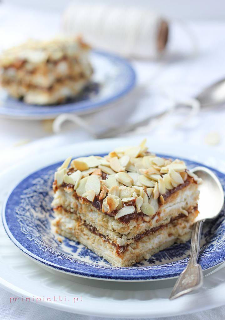 proste ciasto z krakersami - bez pieczenia